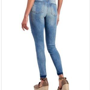 Rocks & Indigo Jeans - Rocks & Indigo Floral Applique Release Hem Skinny